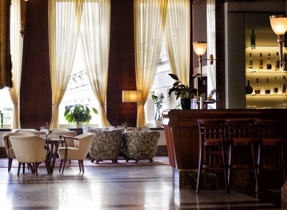 international_hotel1
